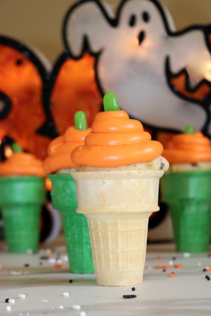 pumpkin cupcake cones