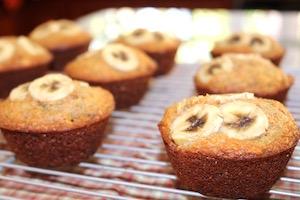 tn banana date muffins