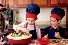 tn kids making veggie pizza