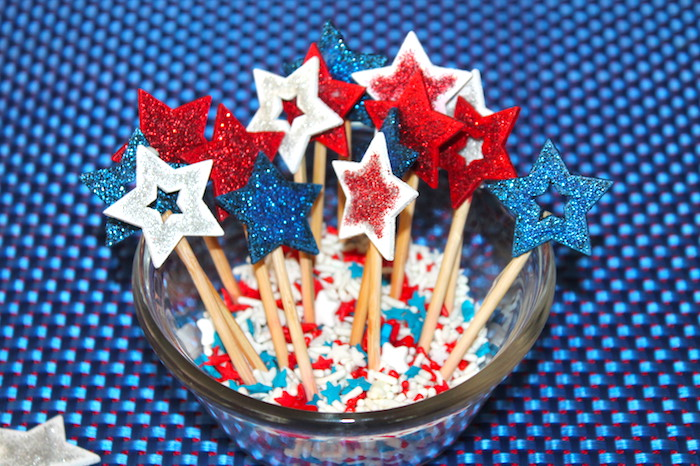 star spangled strawberries tar sticks