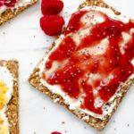 cream cheese snacks with raspberry preserves