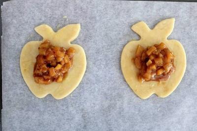 apple hand pie filling on pie dough
