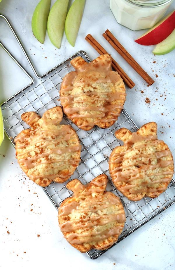 mini apple hand pies with cinnamon glaze