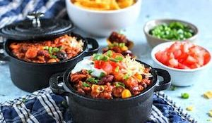 tn-3 bean turkey chili pots